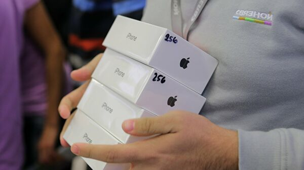 Apple намерена выпускать iPhone дважды в год