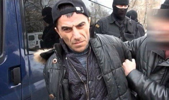 Из-за Альберта Рыжего «правую руку» Лоту Гули ищут по всей России – ПРИГОВОР ВЫНЕСЕН ЗАОЧНО