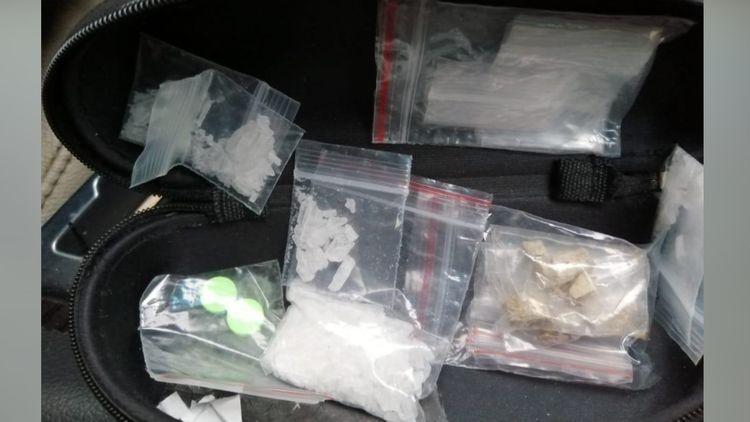 В Баку задержаны лица, занимавшиеся онлайн-торговлей наркотиков