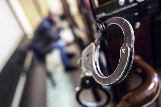 В Баку судят совершившего мошенничество в отношении 211 человек