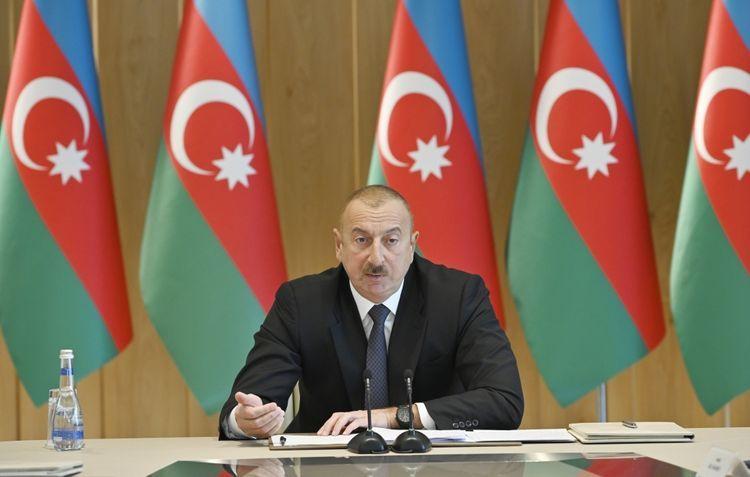 Ильхам Алиев: Должен быть очень сильный контроль за деятельностью банков