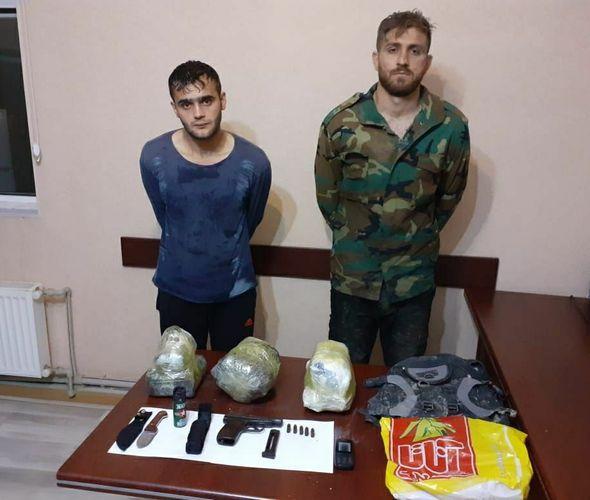 В Билясуваре у граждан Ирана изъяты 16 кг наркотиков и оружие