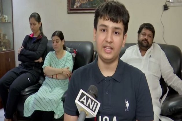 Вундеркинд из Индии окончил университет в 14 лет