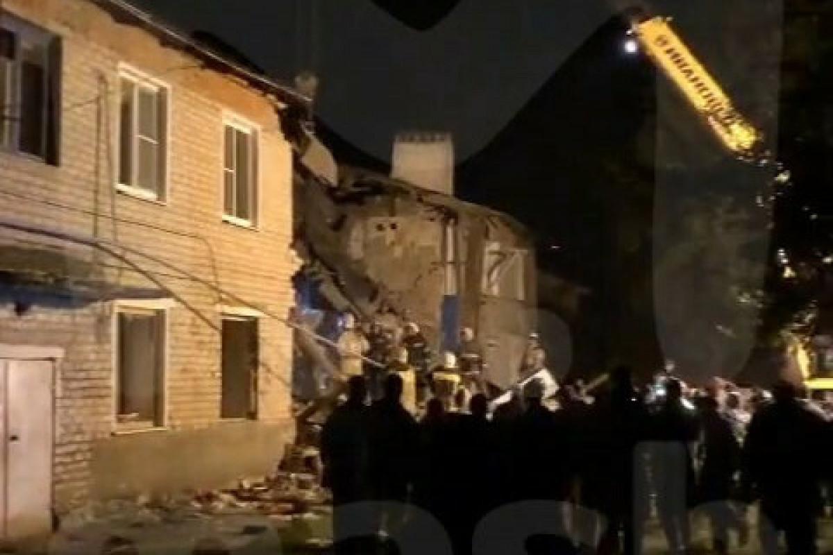В России взрыв разрушил подъезд жилого дома, есть жертвы-ФОТО